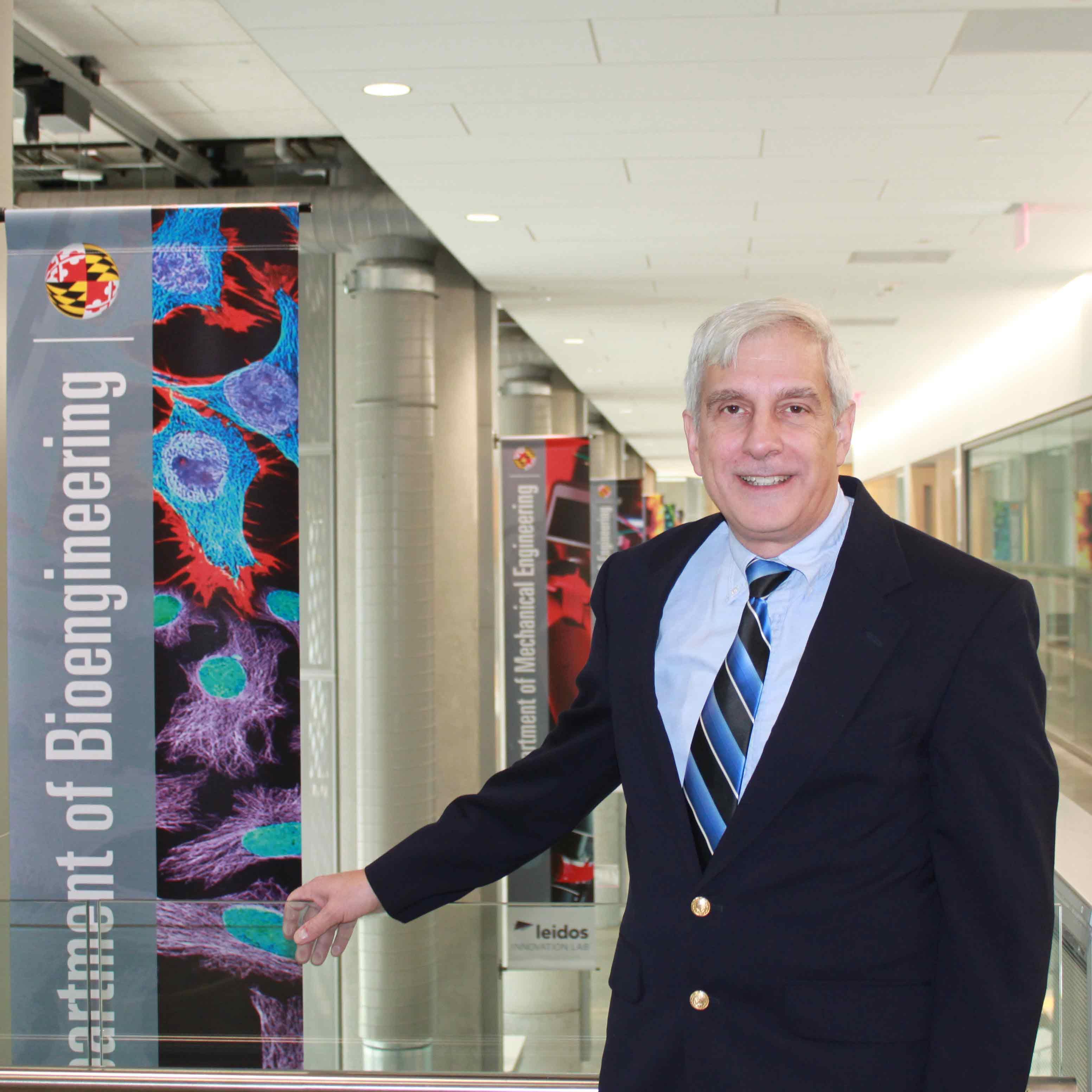Dr. Lex Schultheis